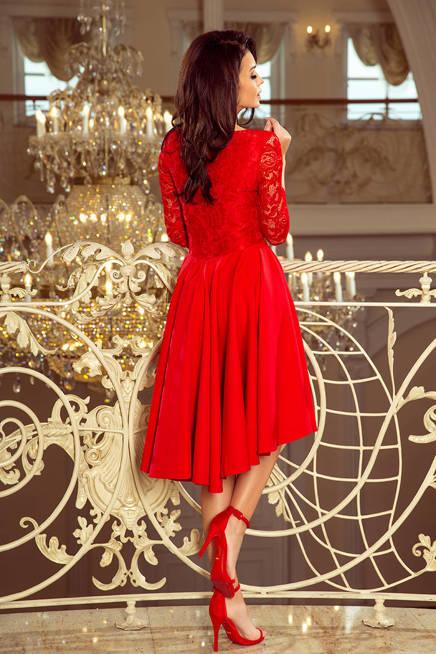 KLARA - sukienka z dłuższym tyłem z koronkowym dekoltem - CZERWONA