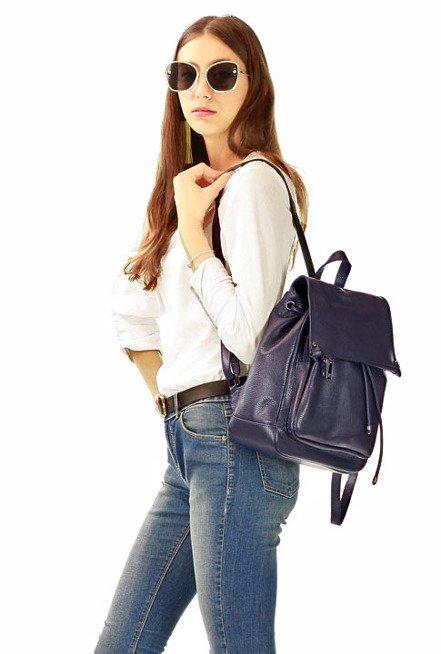 Skórzany Granatowy plecak damski AMBER