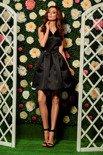 Rozkloszowana sukienka czarna